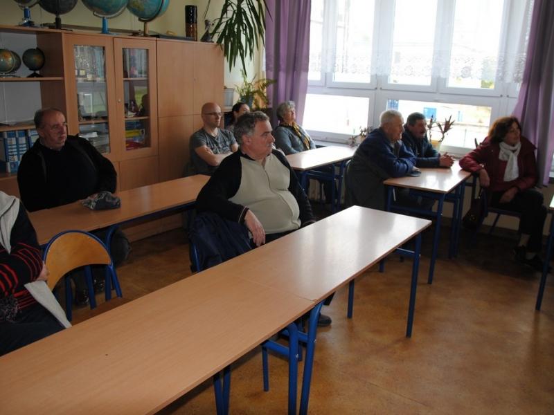 1_zebranie_z_mieszkancami_bronowic_18_04_2015_5.jpg