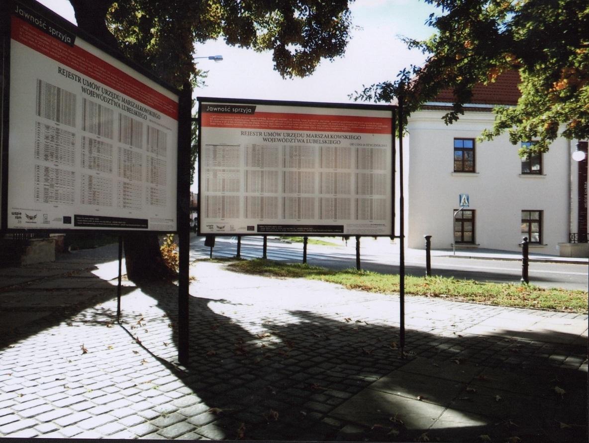 fundacja_wolnosci_tablica