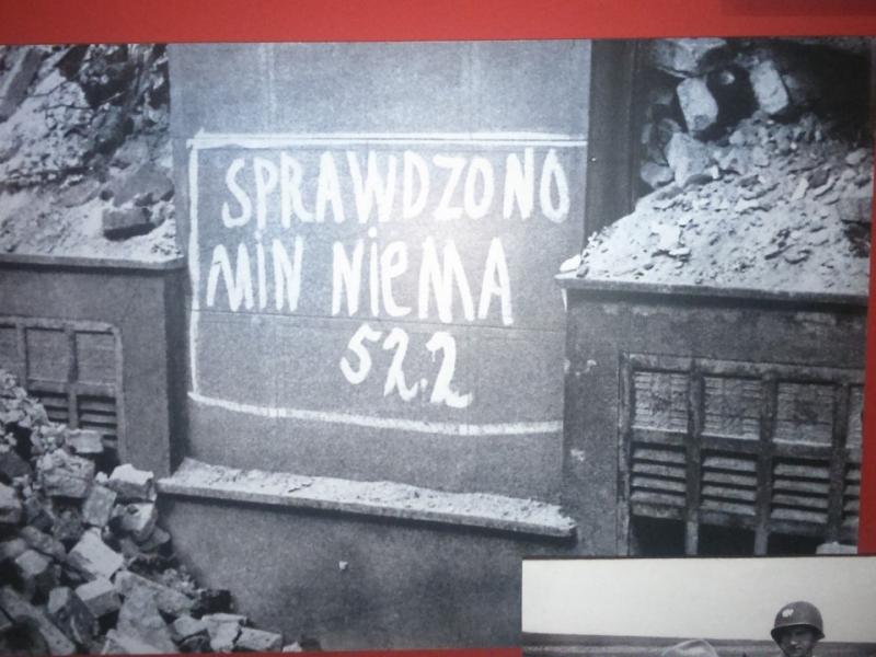 muzeum_powstania_warszawskiego_94.jpg